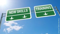 "Image: Sign reading ""Training"" and ""New skills""; Copyright: panthermedia.net/72soul"
