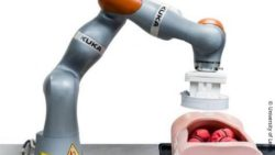 Image: robotic assistance system; Copyright: University of Leeds