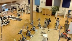 "Image: ""Motorikpark"" with equipment in the clinic from above; Copyright: Helios Klinik Hattingen"
