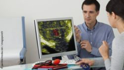 Image: Man with prostate cancer at the doctor; Copyright: panthermedia.net / imagepointfr