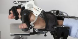 Image: Close-up of a robotic therapy device for the arm; Copyright: Hocoma, Switzerland